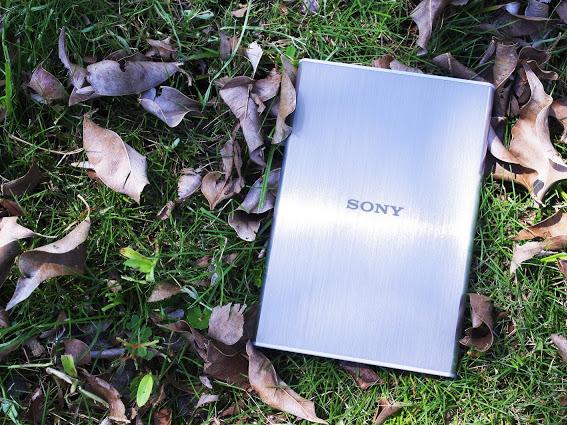 極速與美型的完美結合!Sony HD-SL 行動硬碟第一手使用心得大公開