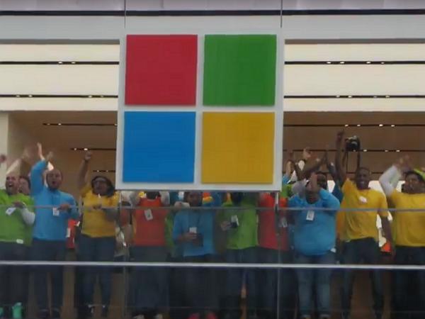 微軟紐約的第一間旗艦店正式開幕,微軟的硬實力覺醒!