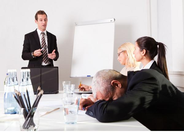 開會總是在浪費生命?8大知名 CEO 這樣對抗無效會議!
