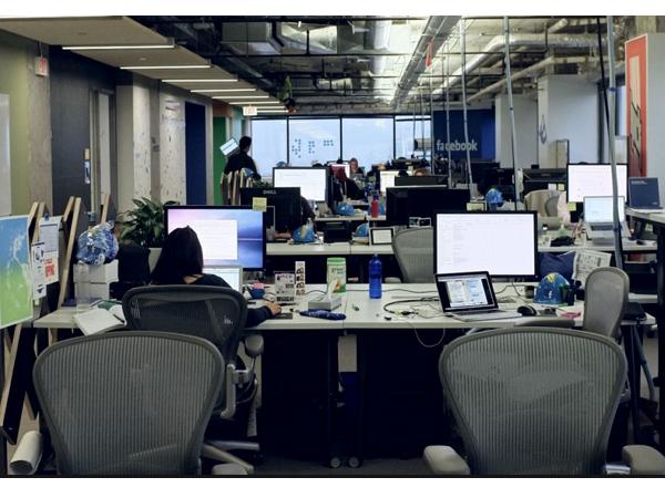 前Facebook工程師分享:FB對程式師如何管理,一個專案的流程與成員如何配合?