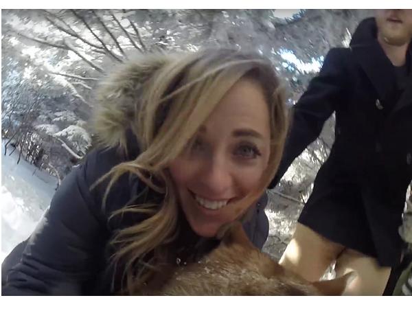這對新人讓家中小狗拍攝婚禮記錄,內容比專業攝影師更感人