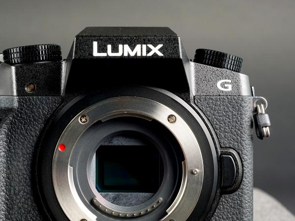 Panasonic 重操感光元件舊業,將以 8K 技術正面迎戰 Sony 與 Canon