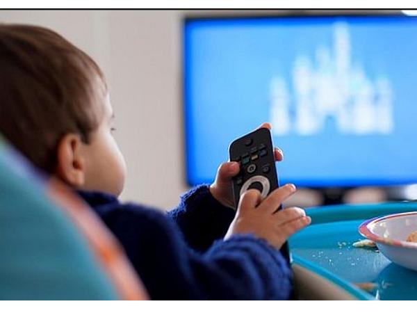 驚!眼科醫生說:少看電視的孩子,才容易得到近視!