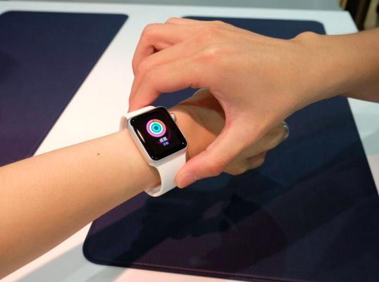 Macbook、Apple Watch 免費帶回家體驗,優仕、燦坤推體驗行銷