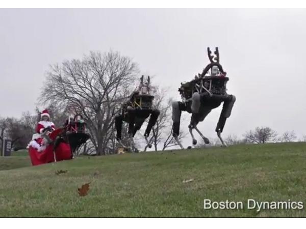 聖誕夜驚魂?Google派出了他們的機械馴鹿跟大家說聖誕快樂,但是...