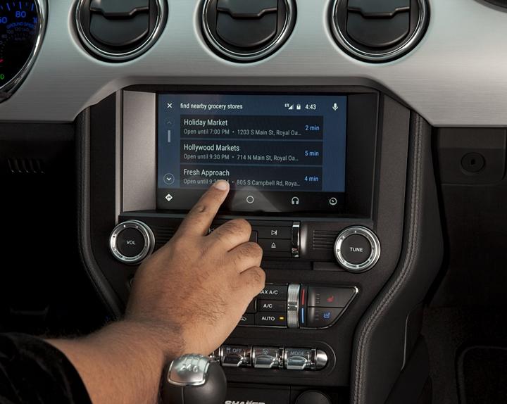 福特導入 AppLink 應用程式,新車加入Apple CarPlay、 Android Auto 功能