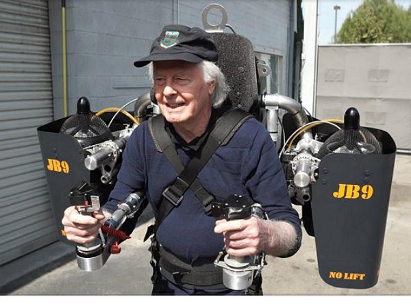 時速 100 公里!飛行背包 JB-9 來了!
