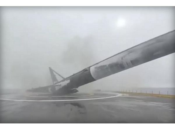 SpaceX火箭再次失敗,馬斯克轉播火箭著地、倒下、爆炸實況