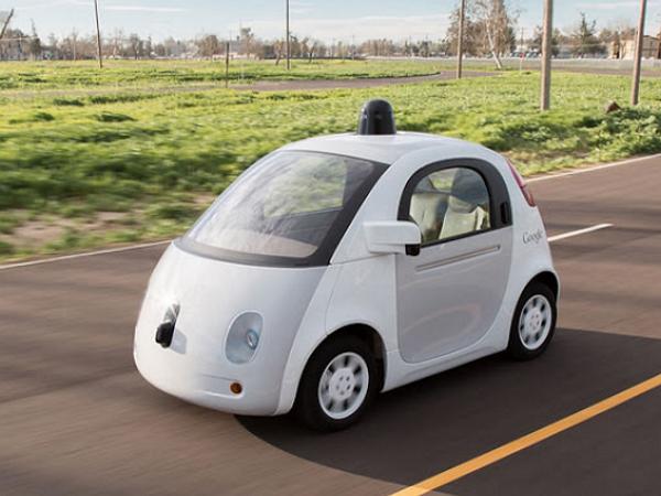 美國政府認證:Google自駕車將被視為人類駕駛