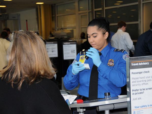 美國聯邦航空總署警告航空公司:應正視鋰電池潛在的爆炸風險