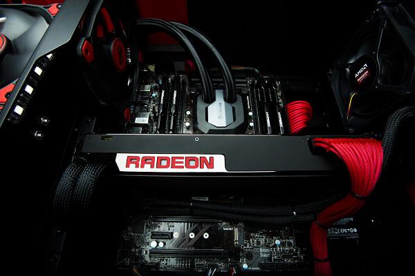 AMD 發布 Radeon Pro Duo 雙晶片顯示卡,聚焦 VR 內容製作應用