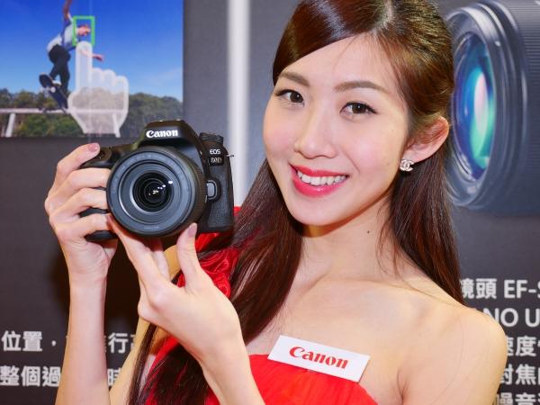 Canon EOS 80D 對焦、連拍、錄影同步升級上市,追焦性能緊追 7D II