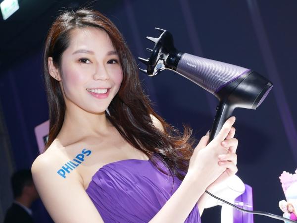 Philips「one Beauty」潔膚儀、吹風機、美髮造型器、美體刀發表,春夏陸續上市