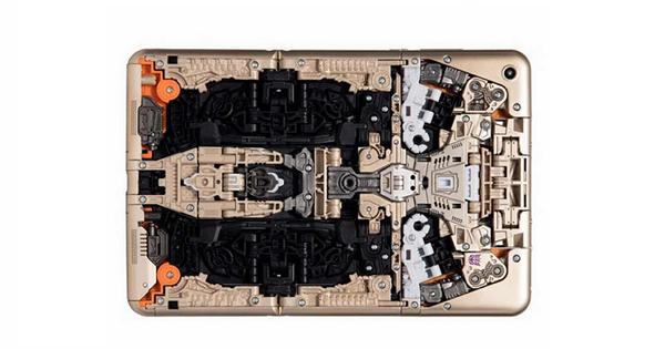 小米發表一款不插電可以玩一整年的新「平板」:小米變形金剛
