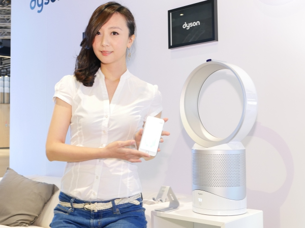 Dyson 發表更智慧的 Pure Cool Link DP01/TP02,不只物聯網還具備空氣品質偵測器
