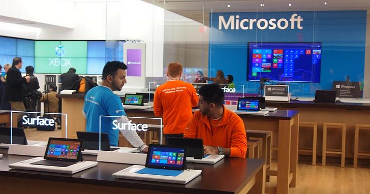 微軟 7 年來已經開設超過 100 間直營店,可惜人氣不振