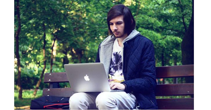 這位羅馬尼亞大學生年僅 19 歲,卻已做了 4 年的白帽駭客