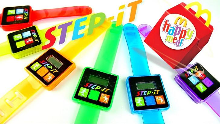 美國麥當勞推出買兒童餐就送計步手錶,但不到幾天就全面下架