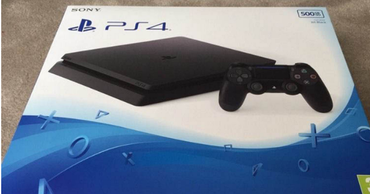 PS4 Slim 包裝、實機照片曝光,下個月你或許就可以買到了