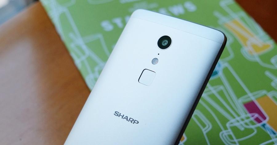 十核心、4G+3G 雙卡雙待,Sharp Z2 金屬美機評測
