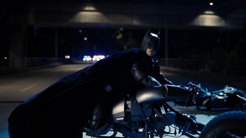 安海瑟薇騎過的中古蝙蝠機車上拍賣網站,行情預估上看新台幣341萬元!
