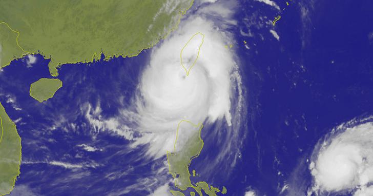 「21年來最強」莫蘭蒂颱風動態、停班停課與即時降雨 懶人包總整理