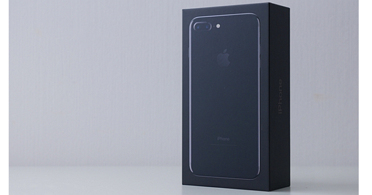 不甩分析師看衰,蘋果宣佈全球首批 iPhone 7 Plus 已賣完