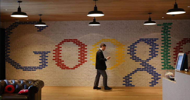 Google 今天18歲了,你還記不記得18年來Google首頁的這些變化?