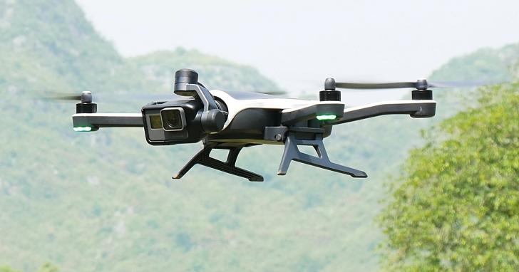 GoPro無人機「Karma」:可當三軸穩定把手,充飽電飛20分鐘、追拍、定點來回拍攝、環繞拍攝智慧功能通通有