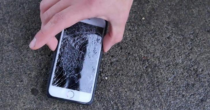 外國網友對12款 iPhone 7保護殼進行15公尺跌落水泥地測試,看看誰最耐摔