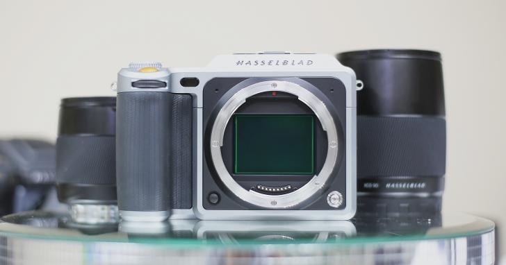 要價 31 萬的中片幅無反 Hasselblad X1D 悄悄亮相,一機二鏡全套共賣 47 萬