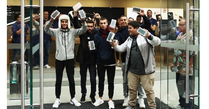 iPhone 7 究竟賣了多少?這是18 位分析師的預測結果