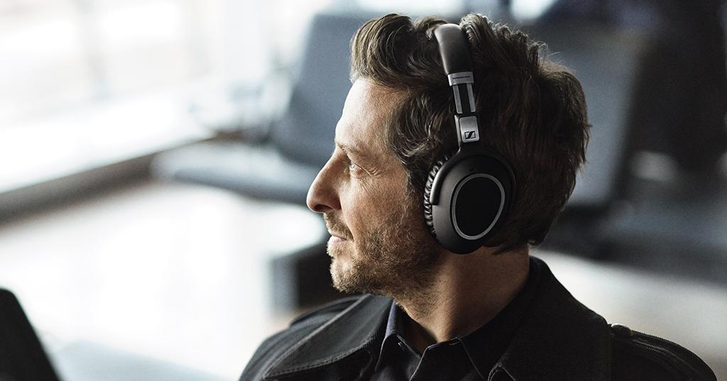 全新 SENNHEISER PXC 550 無線耳機,供30小時續航的智能體驗