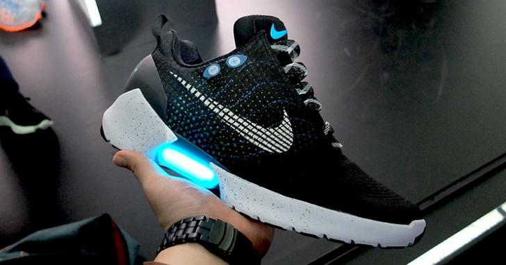 Nike 首款可以自動繫鞋帶的運動鞋正式推出,網路炒作價已經高達3000美元