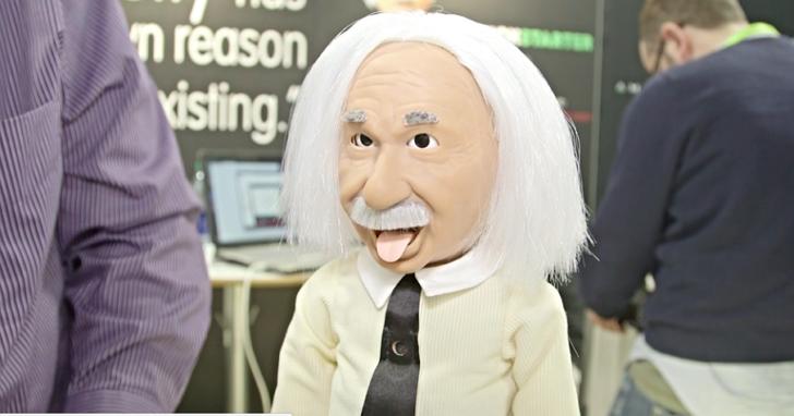 只要不到台幣一萬元,就能把「愛因斯坦教授」請回家教你小孩科學