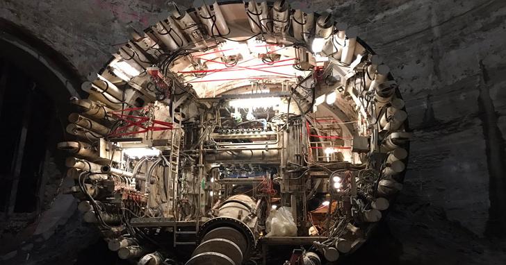 Elon Musk終於亮出了他打造地底高鐵的秘密武器——潛盾機