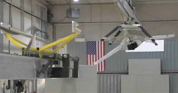 美國國防部發表可以抓住無人機的機器手臂