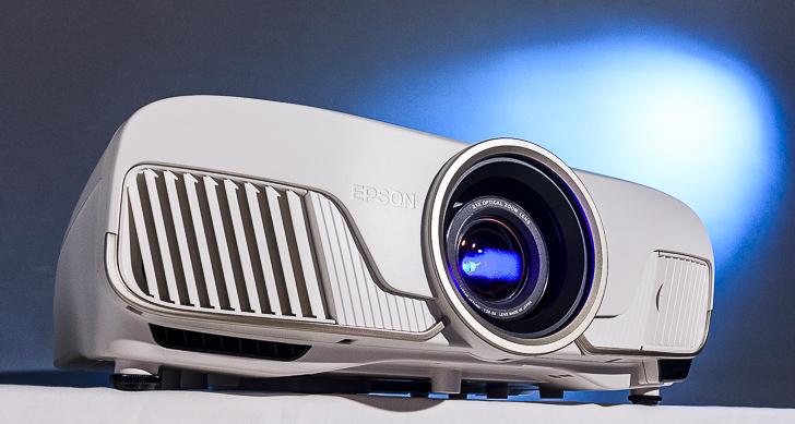 Epson 旗艦級 4K 劇院投影機 EH-TW8300 評測:絕贊影像,極致色彩,頂尖首選