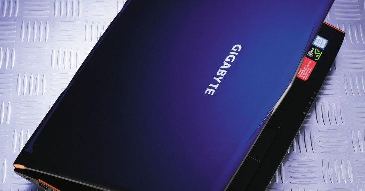 GIGABYTE P57X v7- 極簡風格的高效能電競筆電