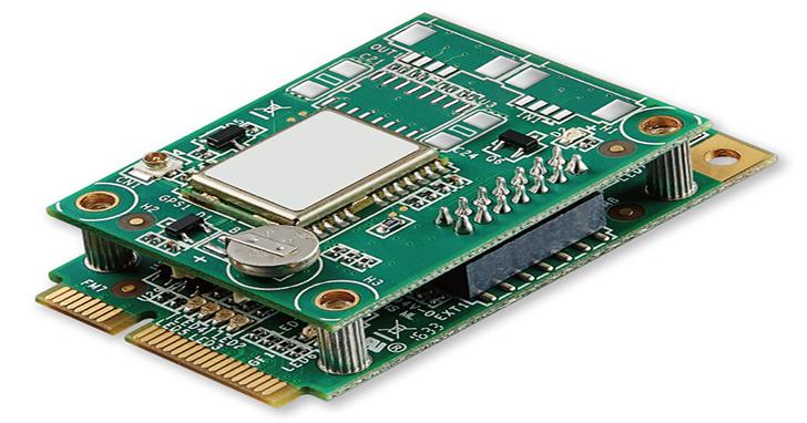 宇瞻科技推出車載與GPS高整合度創新微型雙板模組,建置完善車聯網平台,快速導入系統駛向雲端。