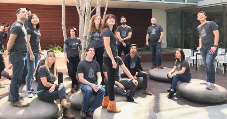 線上課程不符合訓練所需,Airbnb 自己幫員工設計了一系列訓練課程「Data University」