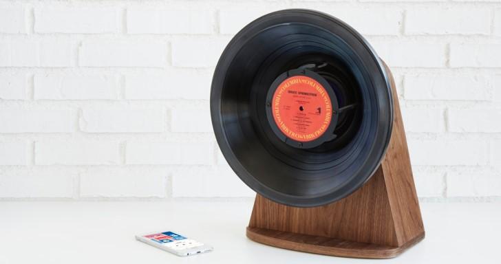 用黑膠唱片當作喇叭,Vintage Vinyl藍牙喇叭無線播放手機中的音樂