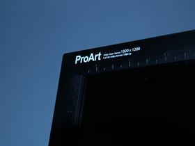 Asus PA246Q ,可以一比一校準的 IPS 螢幕