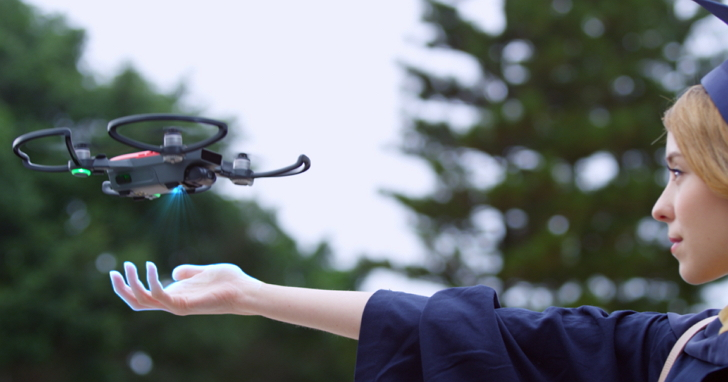 國內無人機玩家也將實名制,民航局考慮用健保卡、自然人憑證來註冊登記無人機