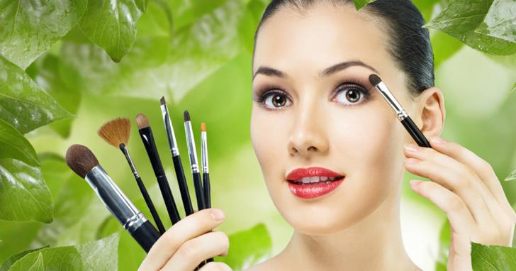 中國微信一夕間一大群美妝社群帳號被秒殺,原因某家廠商宣稱已將「美妝」註冊為商標