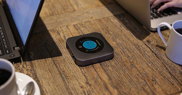 NETGEAR 為 AT&T 推出首款 5G 熱點路由器,5000mAh 的電能用一天