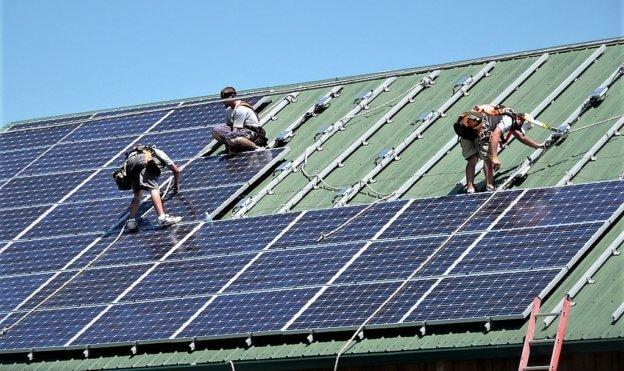 太陽能大廠茂迪南科大裁員工近 200 人,表示:鼓勵轉任新公司