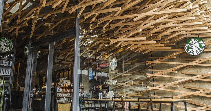 看星巴克在世界各地打造的本土化獨特店面:這是一間根本被咖啡耽誤的建築公司