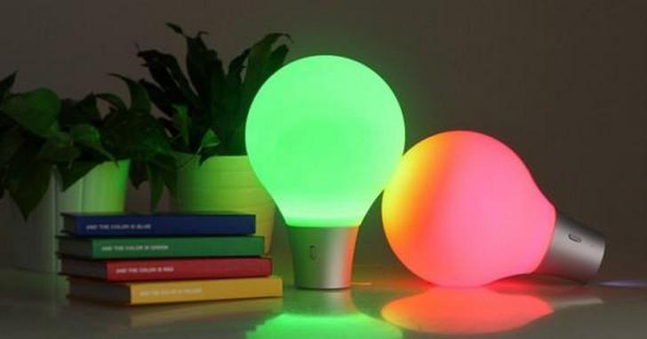燈下的物品是什麼顏色,燈光就變什麼顏色,這些檯燈界的「變色龍」你見過沒?   T客邦