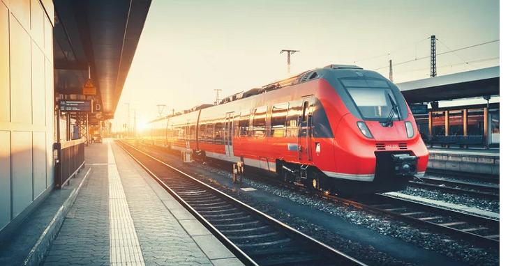 三星在行駛的列車上測試5G,速度突破1Gbps、成功下載8K 影片